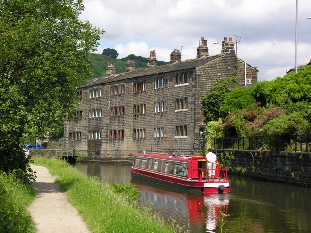 Visit a National Trust property on your canal boat holiday