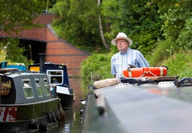 John Sargeant takes to the canals on ITV1