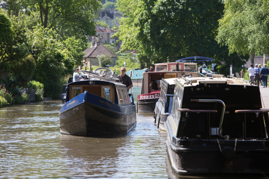 Top 6 Yorkshire Canal Boat Holidays