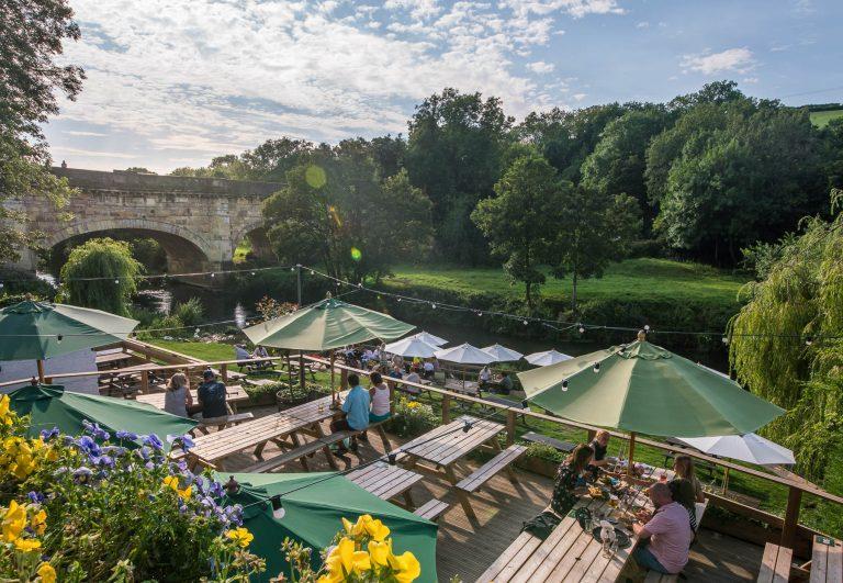 Drifters' Top 10 Waterside Pubs