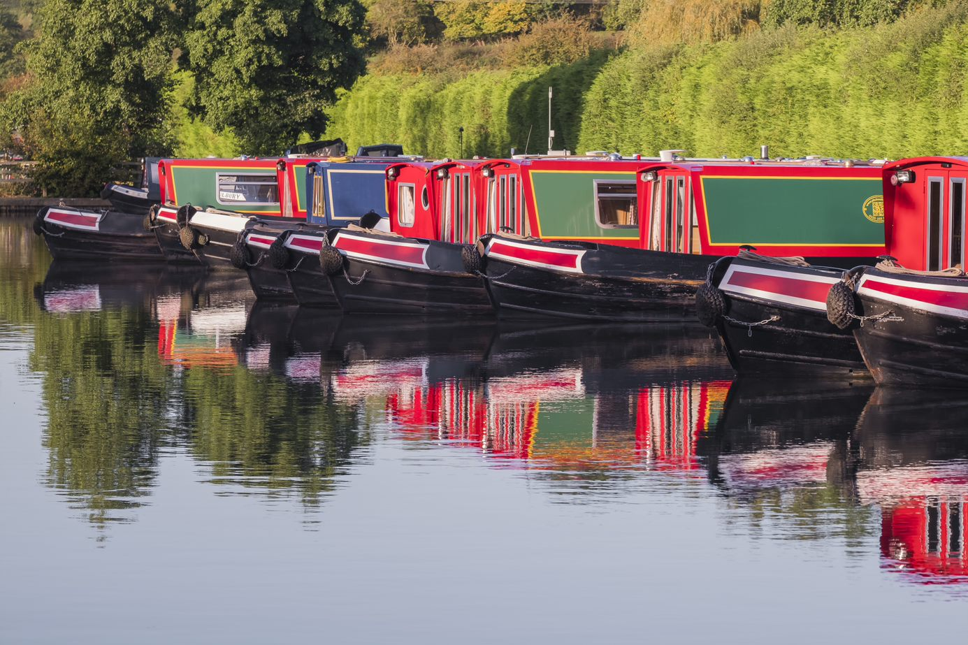 Top 8 October Half Term Canal Boat Holidays