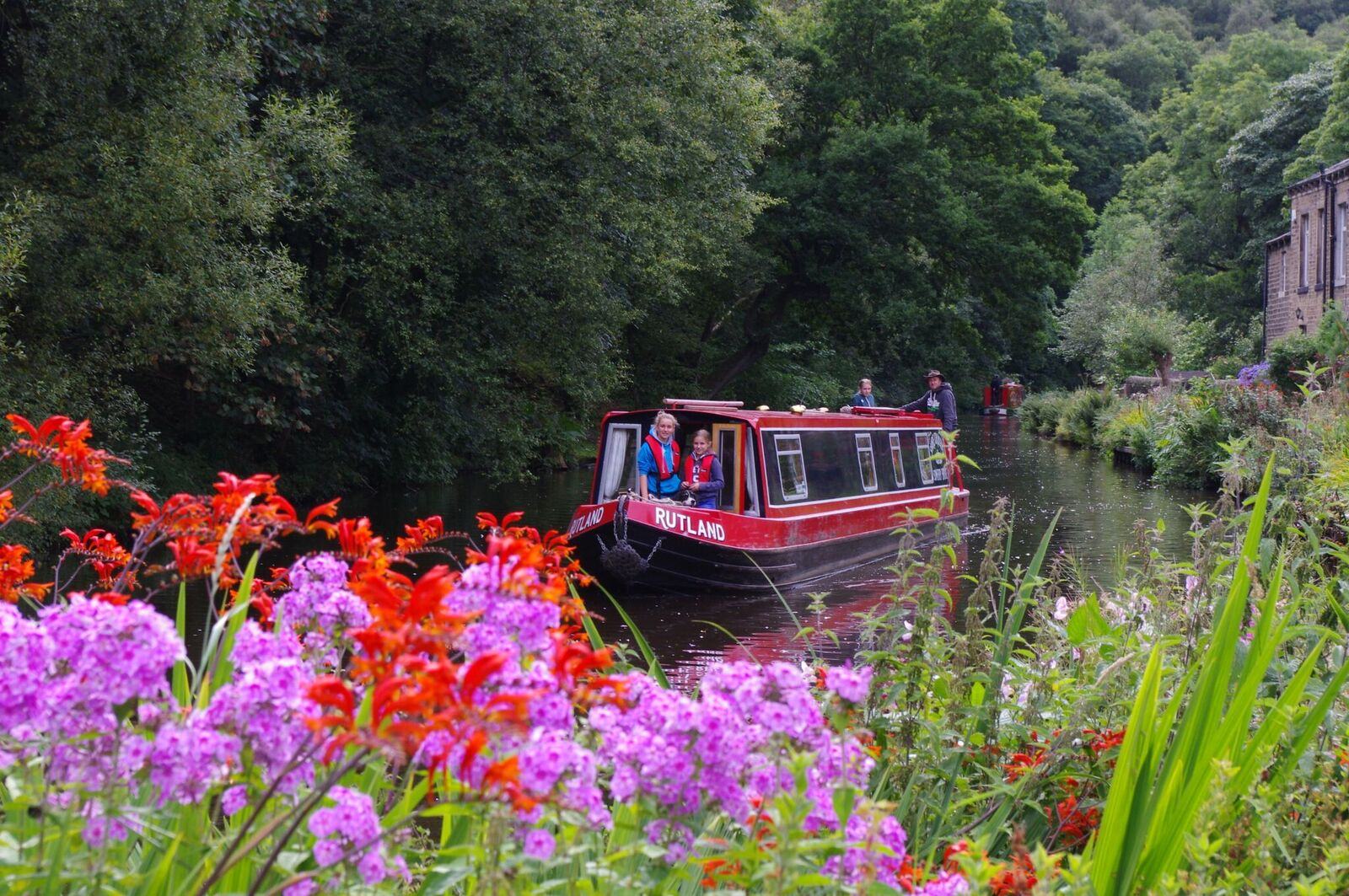 Visit a National Park by Canal Boat